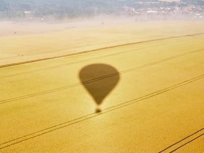 Survol en montgolfière-Somme ©www.montgolfière.com